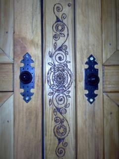 Armario artesanal (hechos por los propietarios).