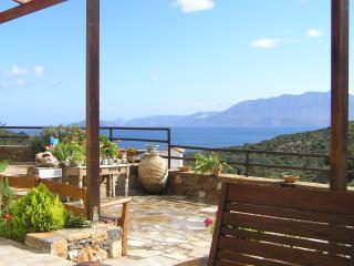 Fissi villa sea view traditio, Agios Nikolaos