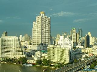TheRiverSideBangkok - Fantastic golden river views