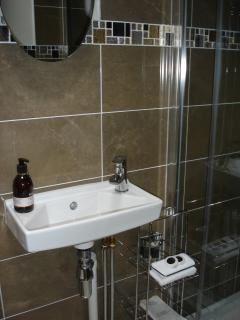 Hall shower/wc