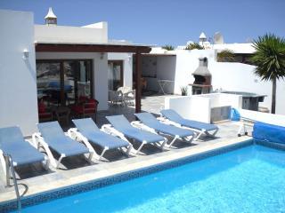 Private sun terrace & heated pool