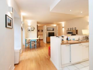 Gorgeous Grassmarket Apartment