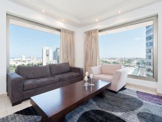 *Diamond District Gem* - Tel Aviv - 1 Br, Giv'atayim