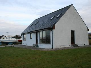 Aros Aigheach, Broadford