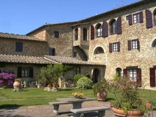Villa holiday rentals 2 bed, Montespertoli