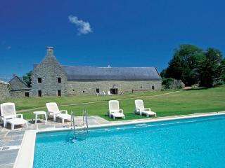 Breton Manor - Garden Wing