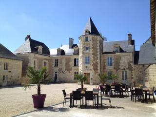 Loire Valley Retreat -Vigneron, La Roche-Clermault