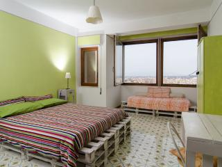 "Green Sky Room - B&B ""Il Grattacielo"""