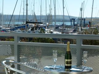 Sea Breeze Self Catering Poole Holiday Rental Harbour Views