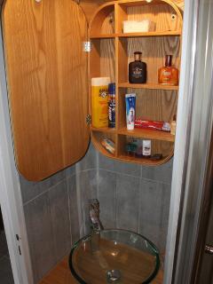 Tout accessoires de toilette à disposition