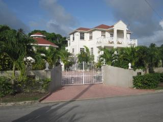 Holland Park, Speightstown