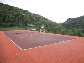 Tennis  - Thouy - Lacrouzette - Tarn - Sidobre