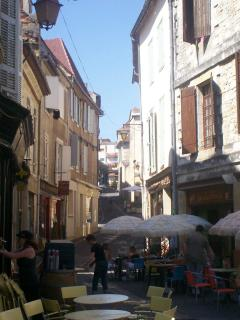 Rue des Fontaines, apartment exteriors