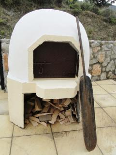Our traditional wood burning oven - great for pizzas, roast meats, breads...