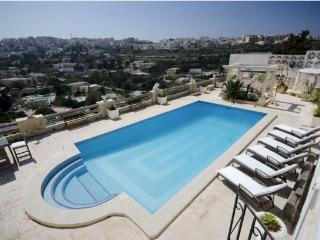 LUXURY VILLA IN MELLIEHA, Mellieha