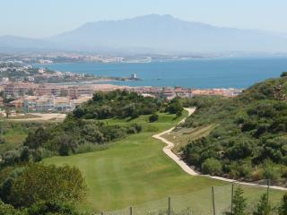 20 Duquesa Fairways - a spacious apartment; wonderful views & great facilities.