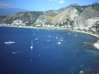 Taormina mare bivano 5pl sulla spiaggia panoramico