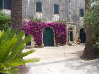Appartamento indipendente in villa, Lecce