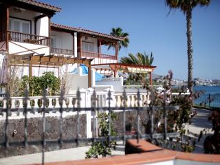 House in El Beril Frontline of the beach