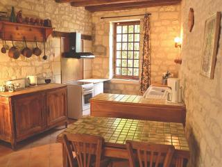 Le Jardin d'Hiver, coin repas et cuisine