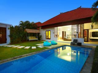 Seminyak / Umalas Blue Mango Villa