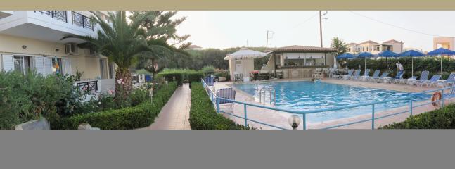 Pool bar, pool, gardens