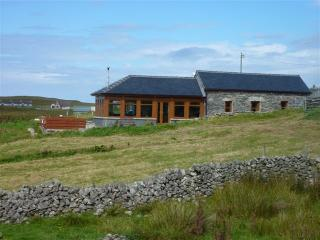 CARLOWAY SELF CATERING - 'An Taigh Clach' - The Stone House