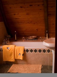 Bathroom larger cottage