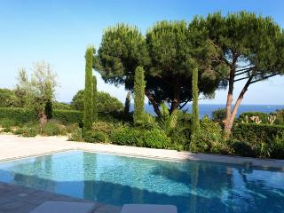 3 bedroom Villa in Ramatuelle, Saint Tropez Var, France : ref 2018104