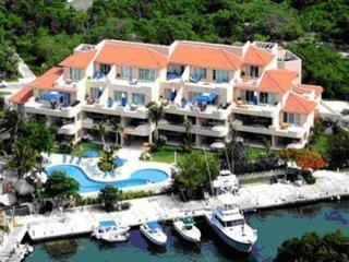 Porto Bello Marina & Villas, Xpu-Ha