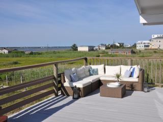 Beach Bungalow on Dune Road in Westhampton
