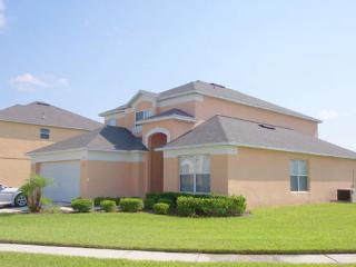 Hideaway Villa on Terra Verde Resort - 5 bed, 4 bath, private pool, games room, Kissimmee