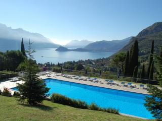 View and Swimming pool