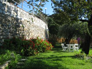 Garden Lodge, Chiavari