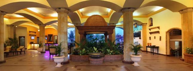 Haathi Mahal Lobby