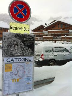 Bus stop just a few steps rom the Chalet (in background) 1 stop to lift.