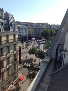 Place Pigalle, view from balconnys