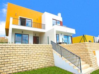 Enjoy a 5 star villa experience