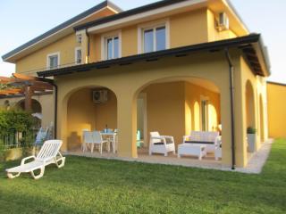 Pizzo Beach Villa 6V