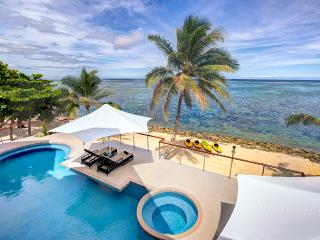 LomaniWai luxurious all-inclusive beachfront Villa, Sigatoka