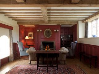 Boxwell Cottage, Tomhaggard