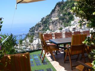 Positano center, is an enchanting property -4 Bedrooms, 4 Bathrooms, Sleeps 6+2