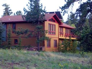 Beautiful, Roomy, Colorado Home w/Mountain Views!