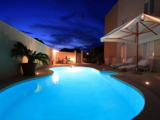 Apt Royal - Lapad with pool, Dubrovnik