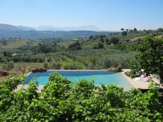 Rome - Luxory country house ,amazing swimming pool,3Ha, 5 bdr