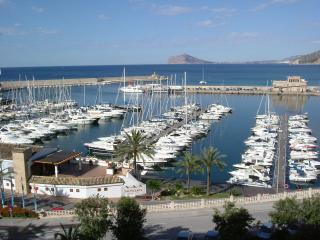 Luxury 2 Bedroom Apt overlooking Calpe Marina