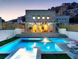Exclusive 2bedroom villa prive, Pefkos