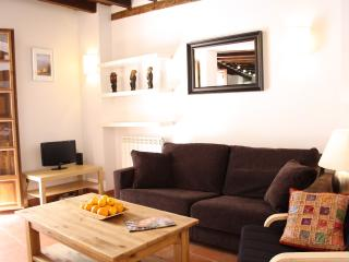 living room with direct access to terrace, flat screen TV, DVD player