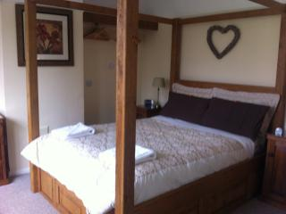 Bespoke oak four poster