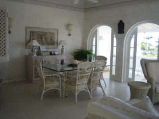 Dining area with doors to balcony